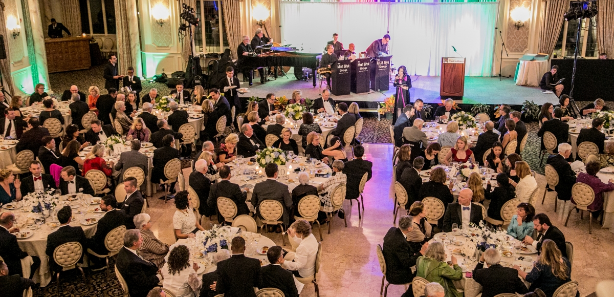 35th Anniversary Ovation Gala at the Pleasantdale Chateau, 2016.