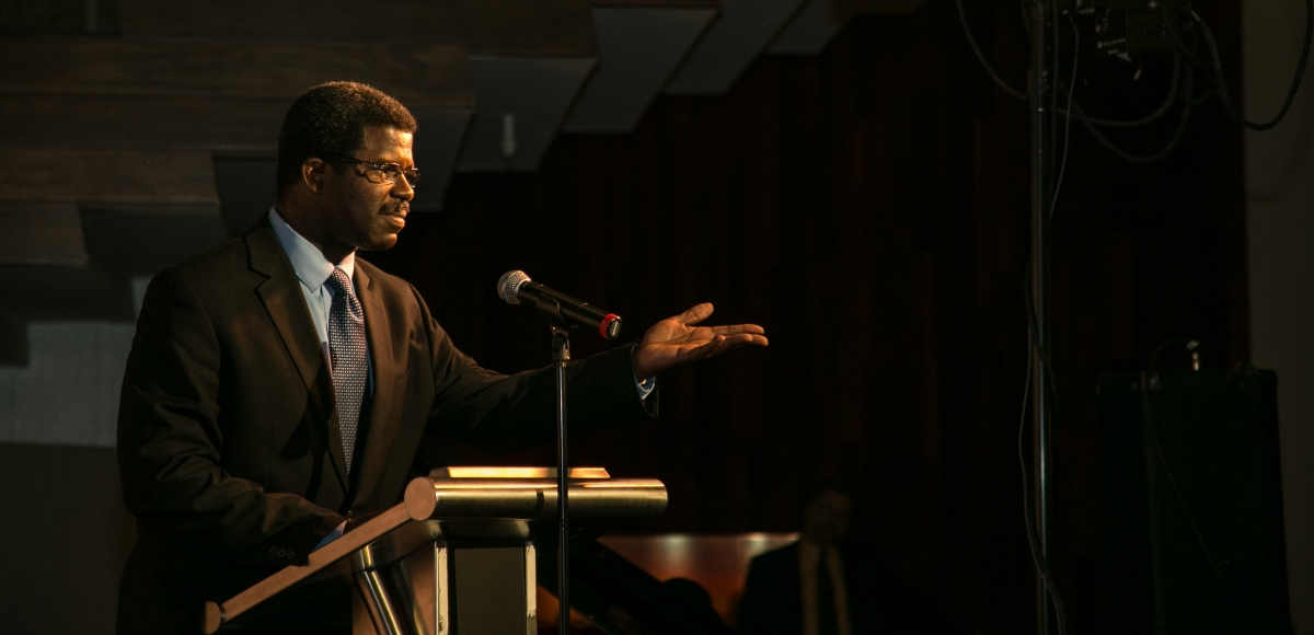 Marshall Jones III, Producing Artistic Director at Crossroads Theatre Company, accepting the Award of Excellence at Curtain Call 2014.