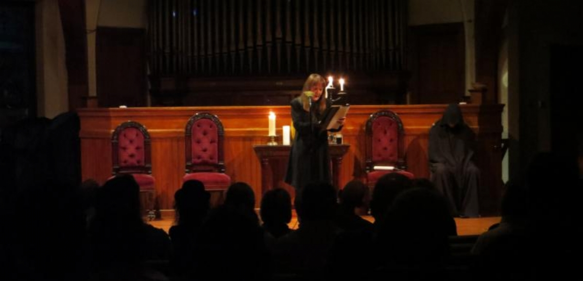 Gayle Stahlhuth reading a tale